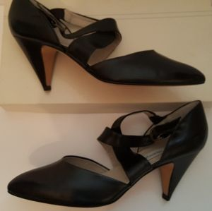 Vintage 80s Via Spiga Black Wrap Leather Shoes